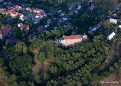 Městys Pecka s hradem Pecka